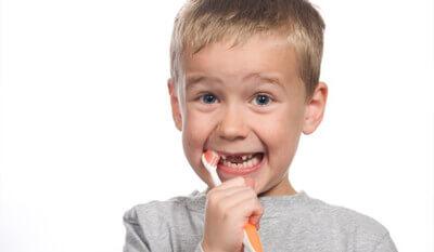 Kinderbehandlung - Zahnarztpraxis am Rathaus Langenfeld