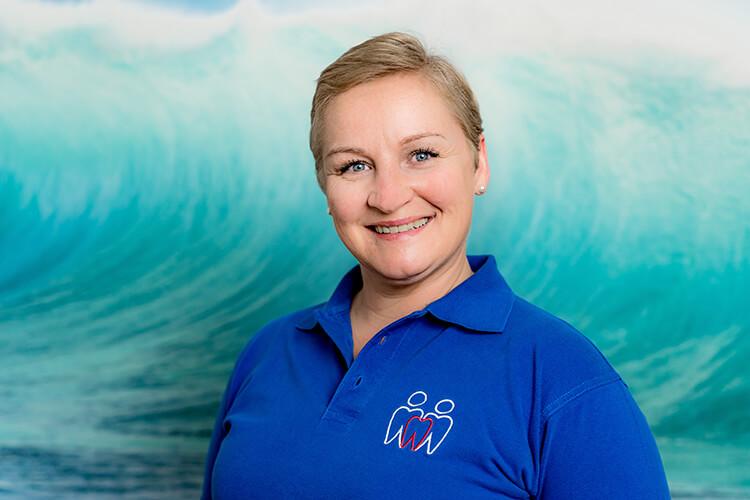 Monika Hollender - Zahnarztpraxis Langenfeld